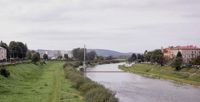Widoka na obiekt od str. wschodniej (2)