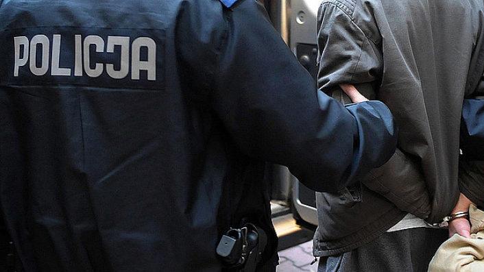 Napadł na 14-latka i zabrał mu telefon komórkowy. Został złapany przez przemyskich policjantów.