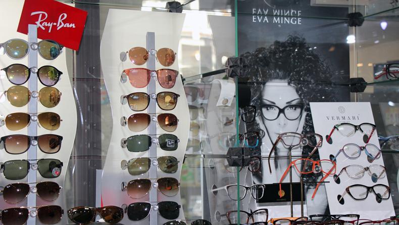 """f373ef413c5217 Okulary i oprawki znanych firm – w tym Evy Minge – oferuje """"Foto Optyk"""" w  D.H.""""Szpak"""""""